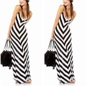 Never worn! Bebe chevron striped maxi dress